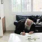 Rav Zalman Néhémiya Goldberg chlita de Jérusalem, Av Beth Din, et membre du grand tribunal de Jérusalem